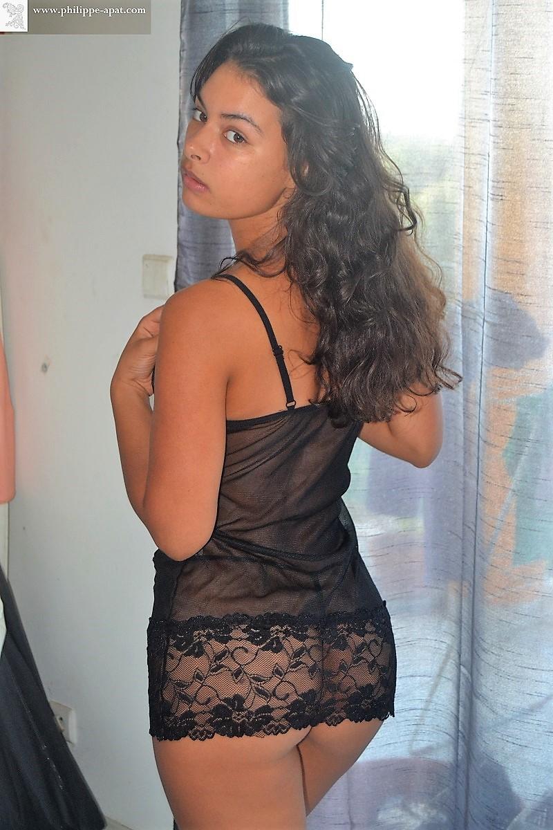 Sorry, femme nu lingerie photo gratuit