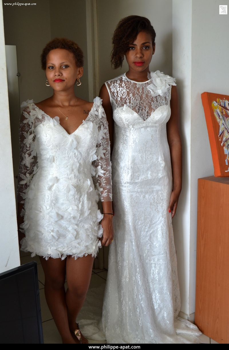 Duo Robes de Mariée 2016 Dentelles dos transparent dos-nu