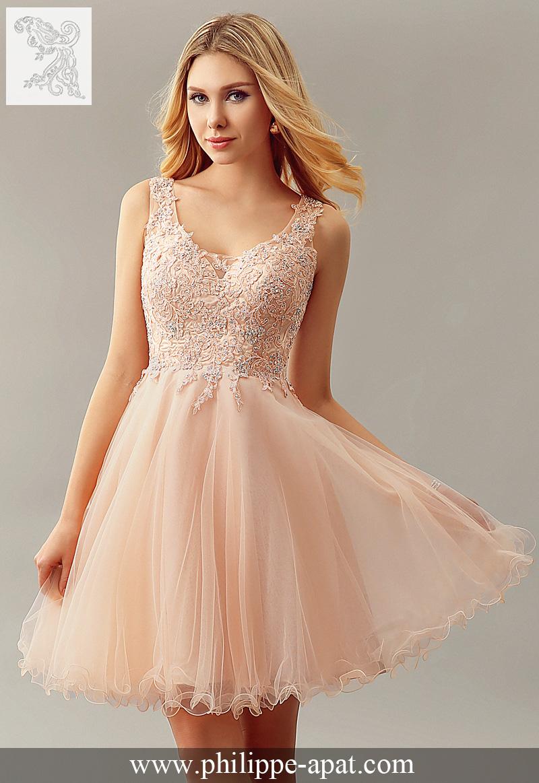 Robe de soiree en dentelle rose